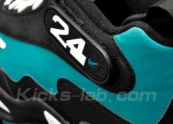 Nike-Air-Griffey-Max-1-Black-Emerald-White-3