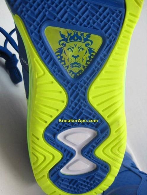 "Nike Air Max Lebron 8 V2 Low ""Sprite"" - More Images"