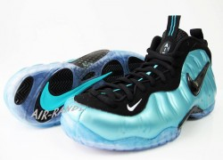 Nike-Foamposite-Pro-Black-Retro-New-Images-4