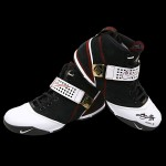 Upper-Deck-Store-Autographed-Sneakers-Available -3