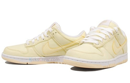 "Women's Nike Dunk Low ""Lightbulb"""