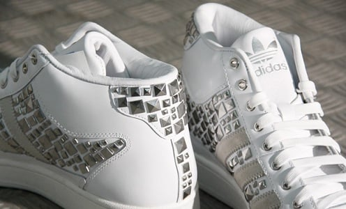"adidas Originals Superskate Mid ""Stud"" - White/White"