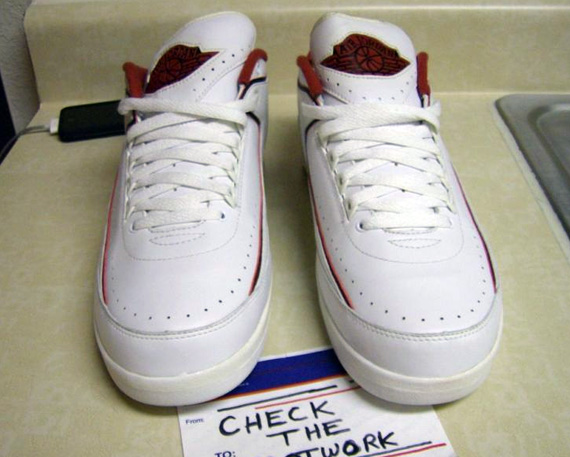 Air-Jordan-II-(2)-Low-Derek-Anderson-'Loyal-1'-PE-03