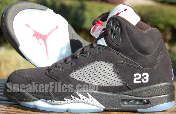 hot sale online f816d 01bee Air Jordan V (5) Retro - Black Metallic Silver-Varsity Red -