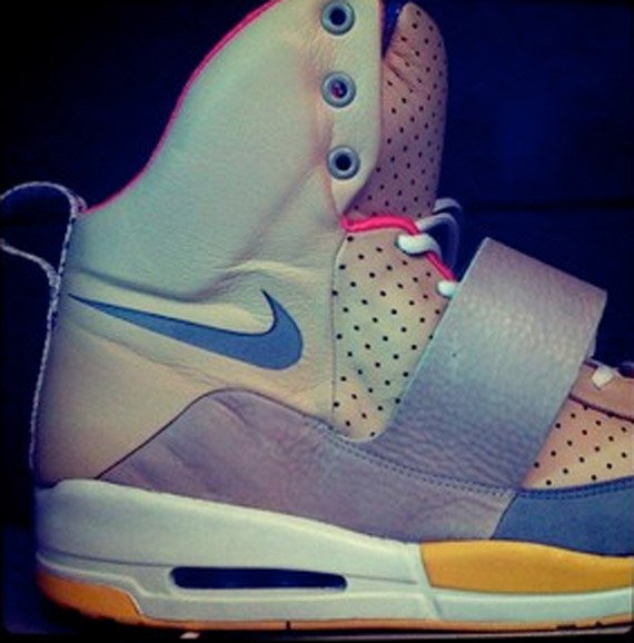 Nike-Air-Yeezy-Unreleased-Sample-02