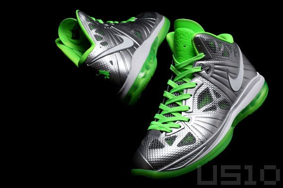 Nike-LeBron-8-P.S.-'Dunkman'-Detailed-Look-03