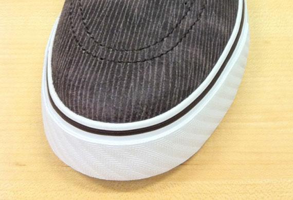 Nike-SB-Zoom-Stefan-Janoski-'Woodgrain'-01