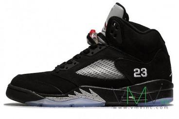 Air-Jordan-V-(5)-Retro-Black-Metallic-Silver-More-Image-1
