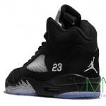 Air-Jordan-V-(5)-Retro-Black-Metallic-Silver-More-Image-4