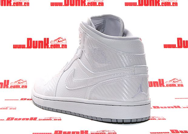air-jordan-i-1-phat-white-carbon-fiber-. air-jordan-i-1-phat-white-carbon- fiber- 40e5b5be5c
