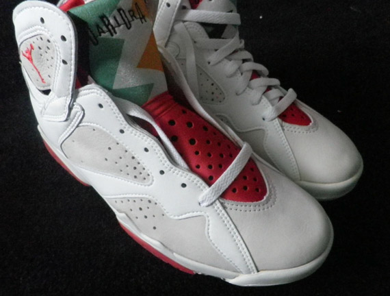 Air-Jordan-VII-(7)-'Hare'-OG-Pair-Available-01