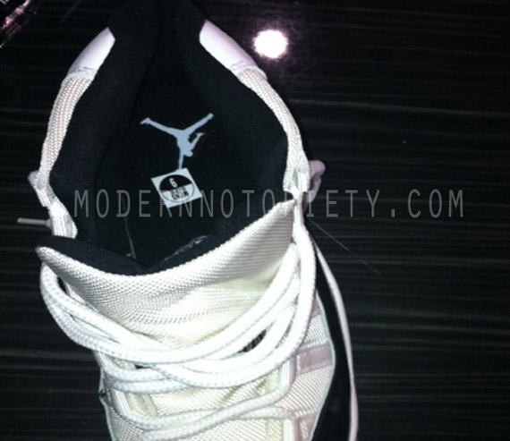 Air Jordan XI (11) Retro 'Concord' - Holiday 2011 - Preview