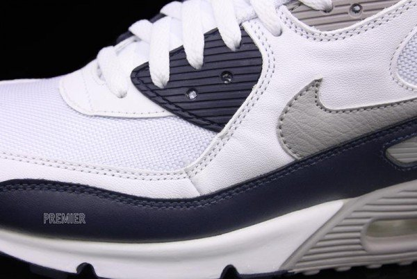 air-max-90-yankee-available-4