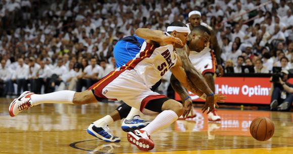 DeShawn Stevenson Adidas adiPure Low 2011 NBA Championship