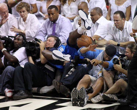 Ian Mahinmi Nike Hyperfuse 2011 NBA Championship