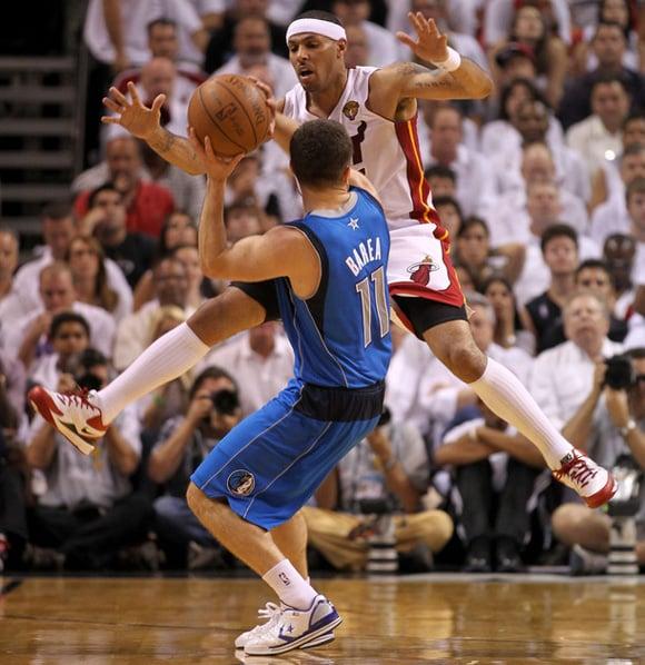 JJ Barea Converse Star Player Evo Low 2011 NBA Championship
