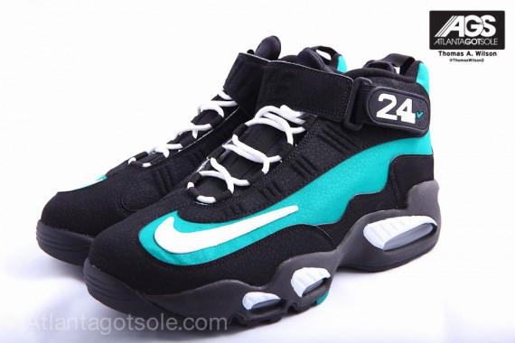 Nike-Air-Griffey-Max-1-'Mariners-Emerald'-New-Images-02
