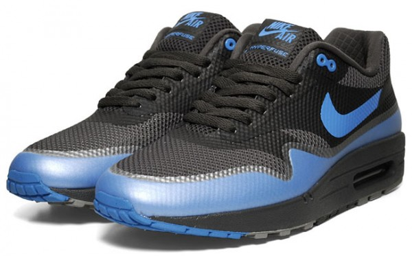 nike-air-max-1-hyperfuse-blackvarsity-royal-available-2