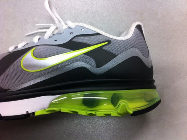 nike-air-max-alpha-neon-fall-2011-3