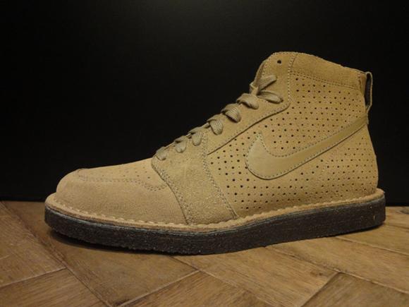 Nike Air Royal Mid SO TZ