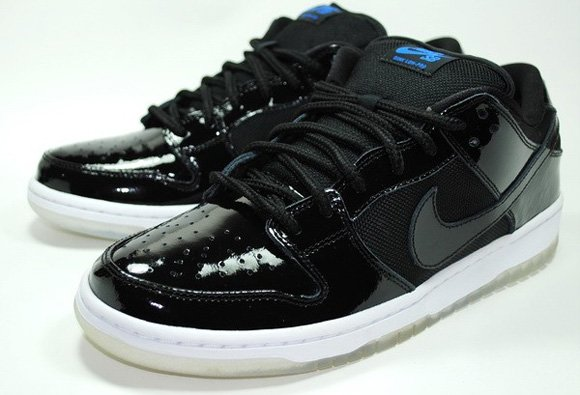 the latest 08399 5ad65 Nike Dunk SB Low Space Jam Release Date + Info | SneakerFiles