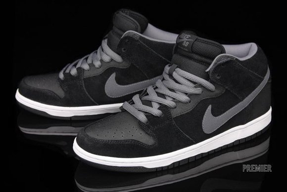 new arrival 0a760 1700f ... czech nike dunk sb mid pro griptape black light graphite dcb44 19f12
