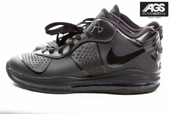Nike-LeBron-8-V2-Low-'Triple-Black'-New-Images-03