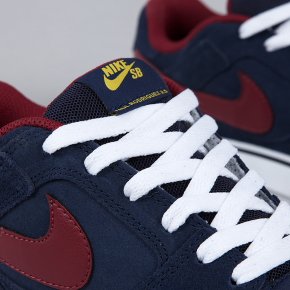 Nike SB P-Rod 2.5 Obsidian Team Red-Yellow