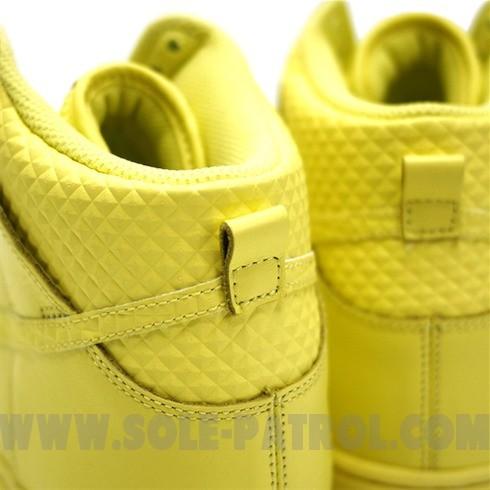 Nike WMNS 6.0 Dunk High Lemon Frost