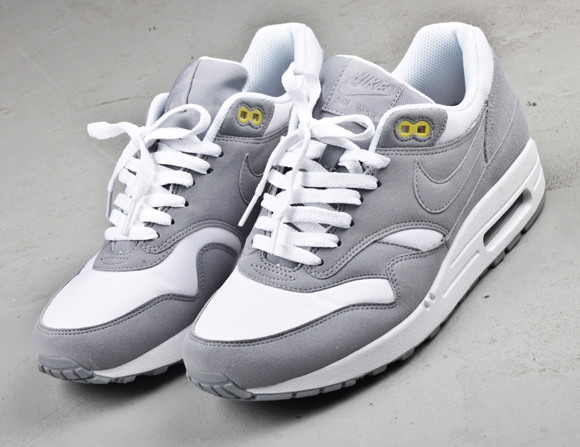 Nike WMNS Air Max 1 Mint + Grey