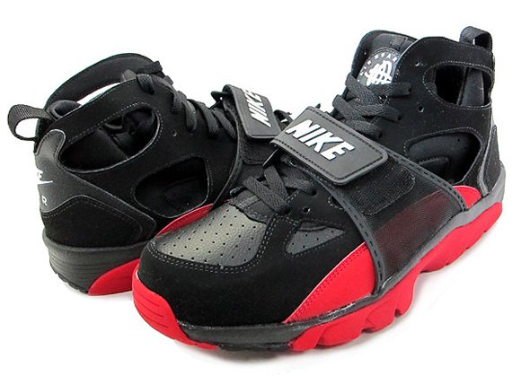 Nike Zoom Huarache Trainer Black White-Varsity Red