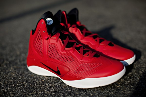 nike-zoom-hyperfuse-2011-run-with-team-nike-nyc-pe-1