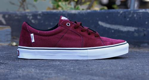 d8e3a418c753 Vans SK8 Low Burgundy White