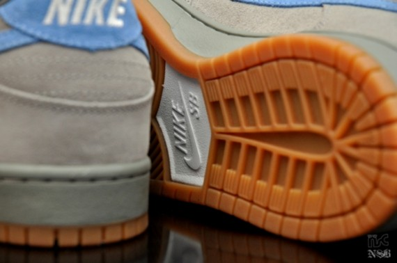 Nike-SB-Dunk-Low-'Iron'-New-Images-03