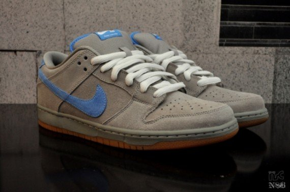 Nike-SB-Dunk-Low-'Iron'-New-Images-01