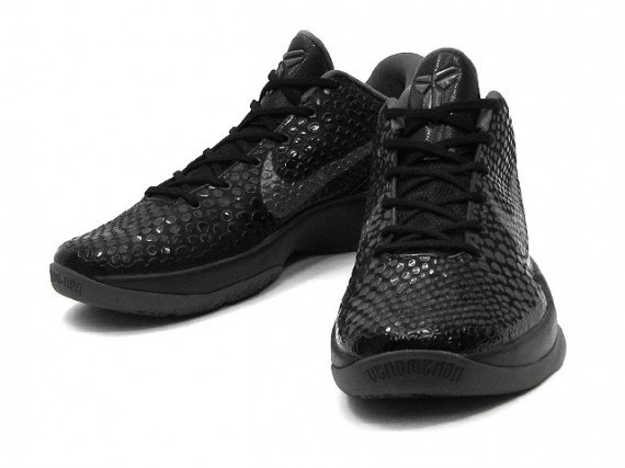 Nike-Zoom-Kobe-VI-(6)-'Blackout'-New-Images-02