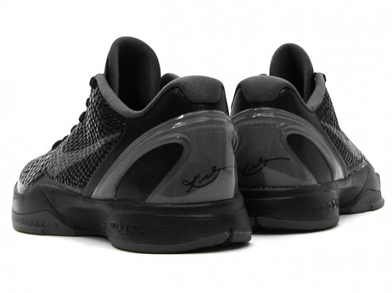 Nike-Zoom-Kobe-VI-(6)-'Blackout'-New-Images-03