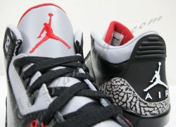 Air-Jordan-III-(3)-Retro-Black-Cement-New-Images-7