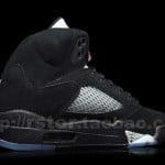 Air-Jordan-V-(5)-Retro-Black-Metallic-Silver-More-Images-4