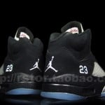 Air-Jordan-V-(5)-Retro-Black-Metallic-Silver-More-Images-8