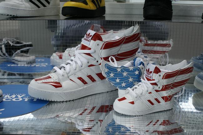 adidas-originals-jeremy-scott-js-wings-2-0-stars-stripes-1