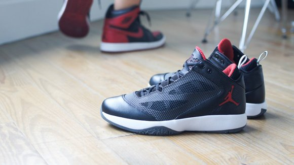 Air Jordan 2011 Q-Flight Black Red Sample
