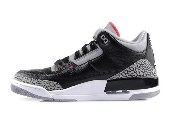 Air-Jordan-III-(3)-Retro-'Black-Cement'-New-Images-03