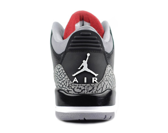 Air-Jordan-III-(3)-Retro-'Black-Cement'-New-Images-04