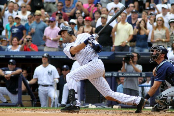 derek-jeter-hits-3000-with-the-jordan-jeter-cut-se-6