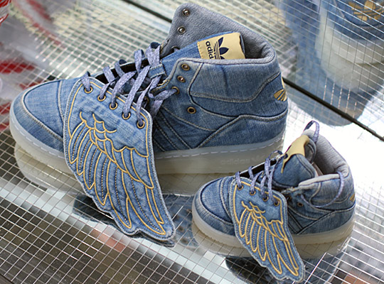 adidas wings jeans