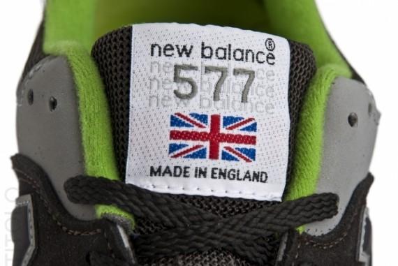 new-balance-577-dark-graygreen-2