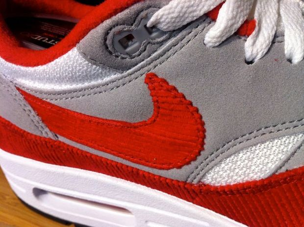 nike-air-max-1-id-new-options-summer-2011-1