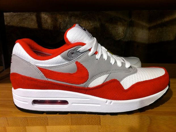 nike-air-max-1-id-new-options-summer-2011-3