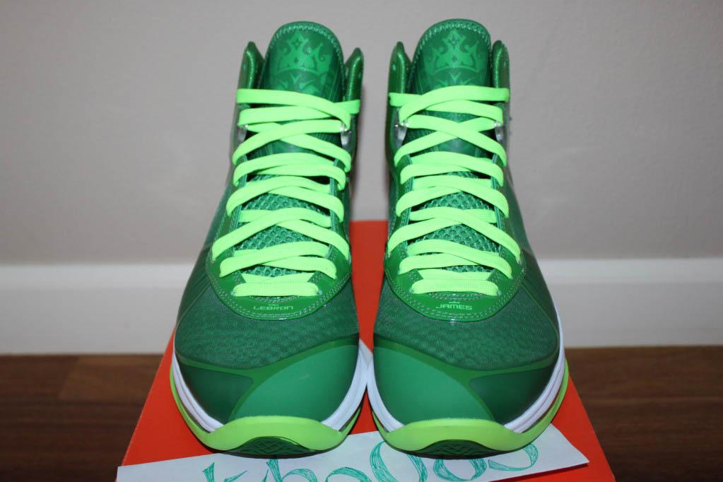 Nike-Air-Max-LeBron-8-V/2-Victory-Green/White-Electric-Green-Sample-03
